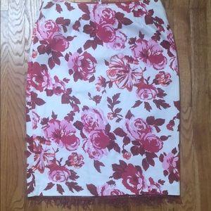 EUC Like New White/Burgundy/Pink Pencil Skirt